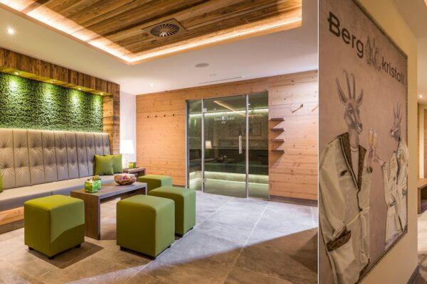 hotel-bergkristall-wellness-04-1680x760-q90